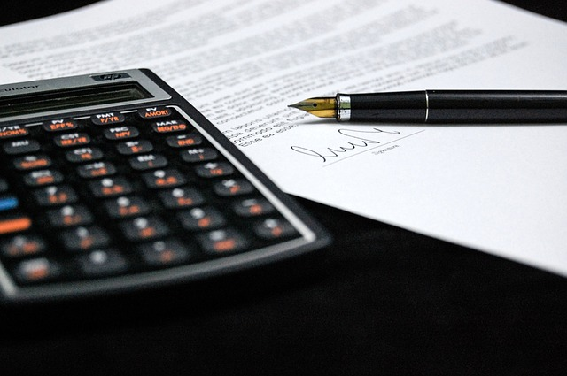 calculator and tax return